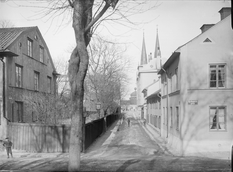 vy gropgränd ca 1900 Alfred Dahlgren fritt att använda Upplandsmuseet